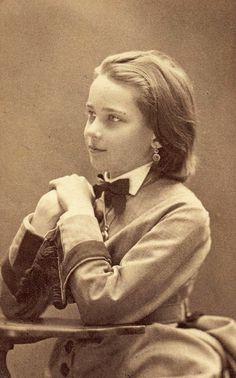 Princess Zenaida as a beautiful young girl.