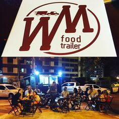 Esse @wmfoodtrailer tá um sucesso!  #food #trailer #foodtrailer #Aracaju by renantavares85