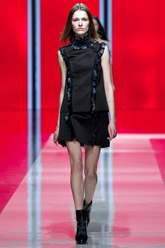ANDREA JANKE Finest Accessories: Amazing Lace by Christopher Kane F/W 2013/14