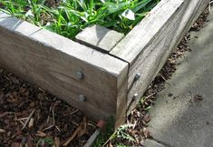 how to build a raised garden bed frame