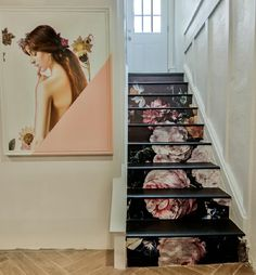 Creative Energy in a Design Lover's Wichita Cottage – Design*Sponge Victorian Interiors, Modern Victorian, Deco Design, Wall Design, Wallpaper Stairs, Stair Well, Basement Inspiration, Stair Decor, Old Farm Houses