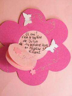 Faire part fleur pour bapteme naissance Ton fuschia et rose pale Le petit rond du centre s'ouvre comme un