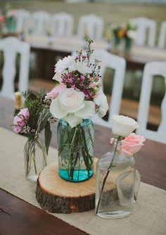Outdoor Texas Farm wedding | photo by Tessa Harvey | 100 Layer Cake