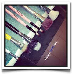 #fashionCHICsta!: #SudsUpSunday Makeup Brush Cleaning! Tips and best practices for cleaning your brushes!