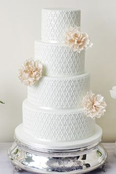 Wedding Magazine - Dream wedding cakes and dessert tables: the Abigail Bloom 2013 collection