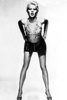 angie bowie Angie Bowie, David Bowie Born, David Bowie Tribute, Famous Groupies, Black White Photos, Black And White, Mick Ronson, Jones Family, Pretty Star