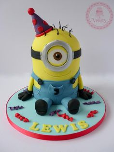 Whether you are 5 or 50 a minion cake would be a fun cake to have. Here is at least one minion cake tutorial that's perfect for you. Cupcakes, Cupcake Cakes, Torta Minion, Minion Cakes, Pastel Minion, Minion Cake Tutorial, Cake Pops, Minion Birthday, Minion Party