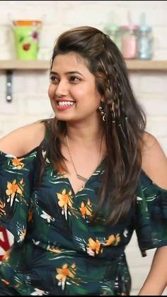 Beautiful Iranian Women, 10 Most Beautiful Women, Beautiful Girl In India, Beautiful Gorgeous, Beautiful Bollywood Actress, Most Beautiful Indian Actress, Beautiful Actresses, Cute Beauty, Beauty Full Girl
