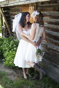 http://www.onabicyclebuiltfortwo.com/ #gay wedding #lesbian couple
