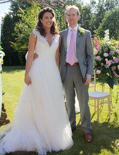 Real Brides On Their Day Morgan Davies Bridal And Wedding Dress London Bride Wears Lusan Mandongus