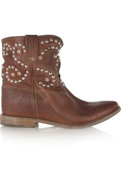 Concealed Wdge. Best concealed wedge style I've seen so far! It doesn't distract from the style like other options I've seen so far. I'll post those to for you to compare.  Isabel Marant