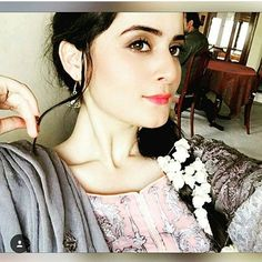 Aimen Khan, Pakistani Actress, Celebs, Celebrities, Celebrity Style, Actresses, Stylish, Instagram Posts, Beauty
