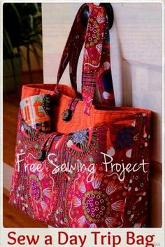 Sew a Day Trip Tote - Free Sewing Project | PatternPile.com