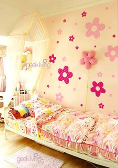 Love the Flowers for a Girls Room