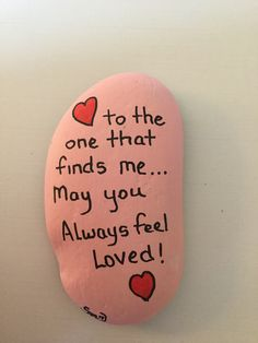 Best Easy Painted Rocks Ideas For Beginners (Rock Painting Inspirational & Stone Art) Pebble Painting, Pebble Art, Stone Painting, Heart Painting, Rock Painting Ideas Easy, Rock Painting Designs, Rock Painting Ideas For Kids, Stone Crafts, Rock Crafts