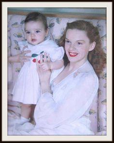 Judy Garland and baby daughter, Liza Minnelli