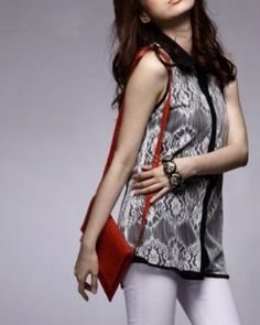 Black and White Sleeveless Asian Trendy Shirt with Retro Lace 1