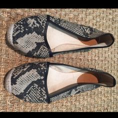 J.Crew snakeskin black grey shoes espadrilles Like new , super cute canvas espadrilles with lack leather trimming. Runs a bit big, soles say 7, but should fit 7.5 perfectly!!! Make an offer--I discount bundle, too!!! J. Crew Shoes