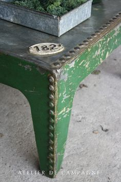 This is an Industrial Vintage Coffee Table! I love the rivets and the enamel plate, it gives so much character to this kind of table. Industrial Living, Industrial Metal, Industrial Table, Vintage Industrial, Industrial Design, Metal Furniture, Industrial Furniture, Furniture Ideas, Green Coffee Tables