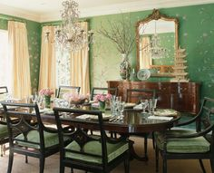 Gorgeous Green Dining Room: de Gournay Wallpaper takes center stage in this Mary McDonald Dining Room Green Dining Room, Green Rooms, Dining Room Design, Dining Rooms, Green Walls, De Gournay Wallpaper, Chinoiserie Wallpaper, Hand Painted Wallpaper, Painting Wallpaper