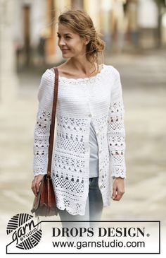 """Crochet DROPS jacket with lace pattern and round yoke, worked top down in """"Cotton Light"""". Size: S - XXXL. Crochet Sweaters, Crochet Tops, Gilet Crochet, Crochet Cardigan Pattern, Crochet Saco, Crochet Jacket, Crochet Blouse, Crochet Clothes, Drops Design"""