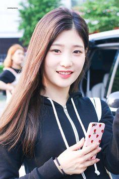 #Chaeyeon #IOI #DIA #채연 #아이오아이 #다이아 Kpop Girl Groups, Korean Girl Groups, Kpop Girls, Korean Beauty, Asian Beauty, Jung Chaeyeon, Bae, Korean Music, Korean Actresses