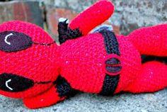 the geeky knitter: amigurumi deadpool - free crochet pattern Easy Crochet Projects, Crochet Crafts, Yarn Crafts, Diy Crochet, Crochet Geek, Crochet Ideas, Crochet Baby, Craft Projects, Crochet Doll Pattern