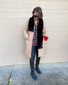 Leggings outfit idea | For more style inspiration visit 40plusstyle.com How To Wear Leggings, Photos Of Women, Fashion Over 40, Duster Coat, Trousers, Style Inspiration, Jackets, Outfits, Beautiful