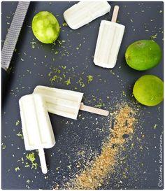 Kleines Kulinarium: Limetten-Eis am Stiel mit Limettensaft, Milchmädchen (gezuckerte Kondensmilch), Sahne und Milch - erfrischend, fruchtig - http://kleineskulinarium.blogspot.de/2015/06/limetten-popsicles.html