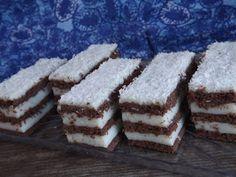 Cake Bars, Tiramisu, Cake Recipes, Food And Drink, Ethnic Recipes, Macs, Kuchen, Easy Cake Recipes, Tiramisu Cake