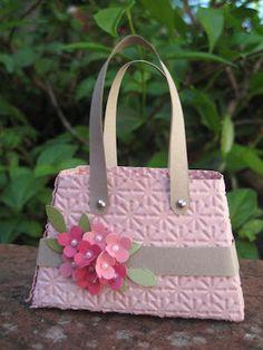 Lyndas Quiet Time: Blushing Bride flower bag