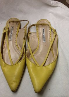 Great 70s look yellow leather sling back Manolo Blahnik flats. In good condition, a little wear at toes, as shown. Size 40.