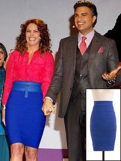 LUCERO    Copia el estilo ultra femenino de Lucero con esta falda tipo vendaje que encontramos en ModCloth.com por $44.99.