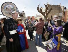 En Alcora, momentos previos a la celebración de la Rompida de la hora