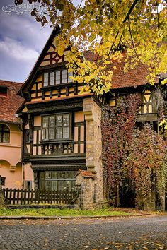 Sinaia in fall, Romania Places To Travel, Places To Visit, Beautiful Homes, Beautiful Places, Tudor House, Tudor Style, Places Around The World, Beautiful Architecture, Beautiful Landscapes