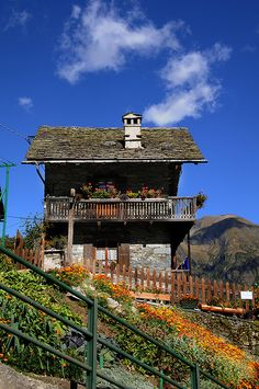 Garden, Val Vogna, Valsesia, Province of Vercelli , Piemonte region Italy Siena Toscana, Tuscany, Places In Italy, Places To Visit, Wonderful Places, Beautiful Places, Haus Am Hang, Regions Of Italy, Interesting Buildings