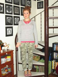 chain collar necklace, pink t-shirt, grey sweater, camo jeans, pink ballet flats