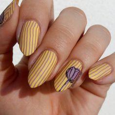 """Polubienia: 246, komentarze: 13 – Jagoda  Ягода (@paznokcie_jgd) na Instagramie: """"Nareszcie dogoniłam wyzwanie! Dzień 12 #31dc2017  STRIPES . . . #stripesnails #yellownails…"""" Yellow Nails, Stripes, Instagram Posts, Yellow Nail"""