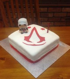 Cake Design Assassin S Creed : Assassins creed and Cakes on Pinterest