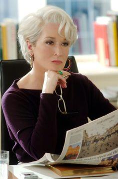 Meryl Streep as Miranda Preistly. Actually, just Meryl Streep period. Miranda Priestly, Short Hair Cuts, Short Hair Styles, Short Hair Older Women, Silver Hair Dye, Devil Wears Prada, Aging Gracefully, Grey Hair, Short Hairstyles For Women