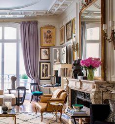 French Apartment, Parisian Apartment, Paris Apartments, Beautiful Living Rooms, Decorating Blogs, Traditional House, Modern Interior Design, Interior Inspiration, Living Room Designs
