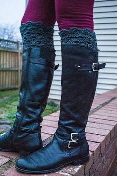 Ravelry: Shell Lace Boot Cuffs pattern by Crochet Kitten Lace Boot Cuffs, Crochet Boot Cuffs, Crochet Beanie Pattern, Crochet Boots, Crochet Slippers, Crochet Clothes, Chrochet, Leg Cuffs, Chunky Crochet