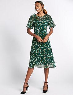 Printed Daisy Floral Midi Dress   M&S