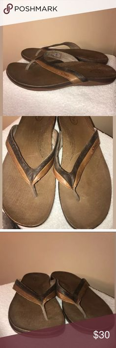 💰🔥SALE CHACO Flip Flops Aurora Eco Tread size 10 Great pre-owned condition! Normal signs of wear! Please see photos!  Size 10 Women's Chaco flip flops/thongs.   Thanks for stopping by! Please follow me as I add new items regularly to my closet!  Make an offer or a bundle for additional savings! Chaco Shoes Sandals