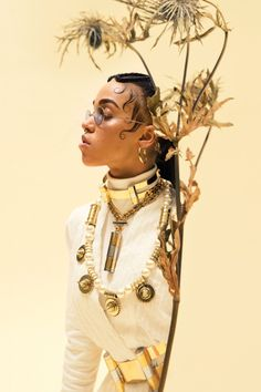 F91_FEATURE_ENGMAN_06 READ OUR COVER FEATURE ON FKA TWIGS PHOTO BY CHARLIE ENGMAN