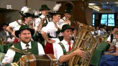 Trachtler- und Musikantentreffen in Schwangau: Gaugruppe des Oberen-Lechgau-Verbandes | Bild: Bayerischer Rundfunk