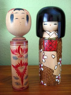 vintage and newer style kokeshi dolls http://www.flickr.com/photos/robotsformagnolia/2160261740/