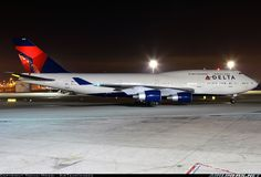Boeing 747-451 aircraft picture
