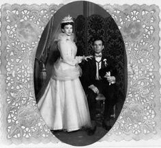 Jessica Tandy and Hume Cronyn's wedding picture! They were awesome actors!
