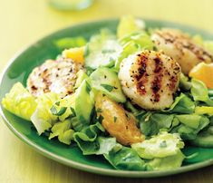 Healthy Grilling Recipes Under 450 Calories: This Pepper and Coriander Scallop Skewers with Tarragon Salad is a summery (and delicious!) option for your next barbecue party. #SelfMagazine